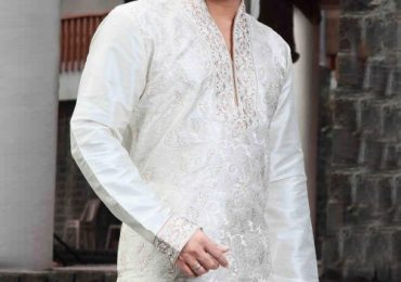 Latest Salwar Kameez Designs For Men 2018