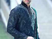 Pakistani Kurta Designs For Men 4