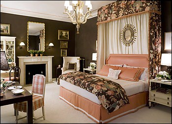 Bridal bedroom decoration ideas and pictures for Bedroom designs pakistani