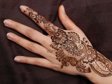 Simple Mehndi Designs For Hands, Feet And Fingers