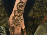 Flower Mehndi Designs For Hands 0010