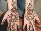 Flower Mehndi Designs For Hands 004