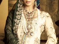 Winter Bridal Dresses In Pakistan 001