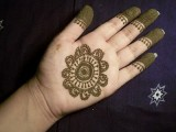 Simple Mehndi Designs For Kids 0013