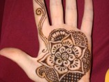 Simple Mehndi Designs For Kids 0018