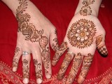 Simple Mehndi Designs For Kids 005