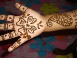 Simple Mehndi Designs For Kids 009