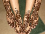 latest mehndi designs for legs