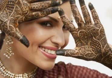 How To Remove Mehndi Color From Hands And Hair