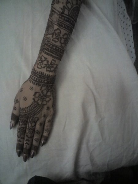 Mehndi Designs For Back Hand Side 0015