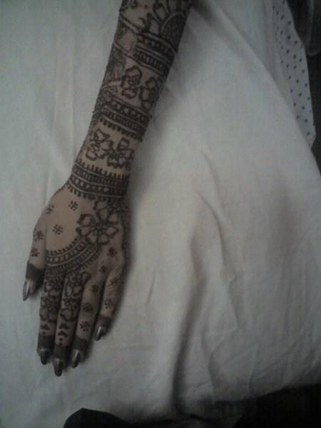Mehndi Designs Back Hand Side : Mehndi designs for back hand side