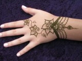 Mehndi Designs For Back Hand Side 0021