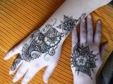 Mehndi Designs For Back Hand Side 006