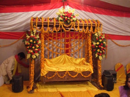Mehndi Stage Decoration Ideas At Home : Mehndi function decoration ideas at home