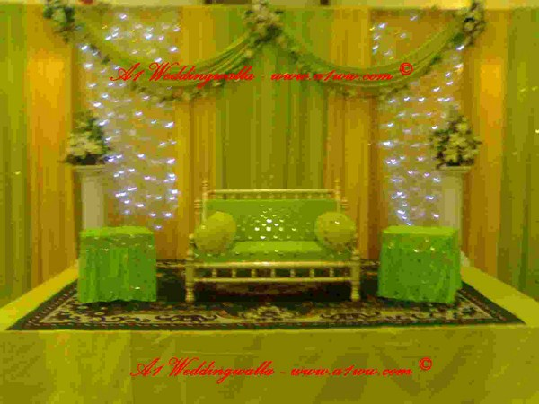 Mehndi function decoration ideas at home for Asian wedding house decoration ideas