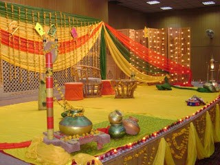 Mehendi Ceremony Decoration Ideas At Home : Mehndi Function Decoration Ideas At Home 008