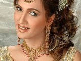 Pakistani Bridal Hairstyles Medium Length 2013 002