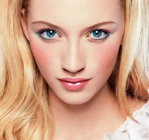 Best Makeup Tips To Make Face Slimmer 001