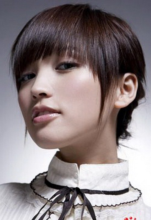 Best Short Hairstyles For Round Face 0012