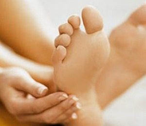 Cracked Heels Causes And Treatment Homemade Remedies