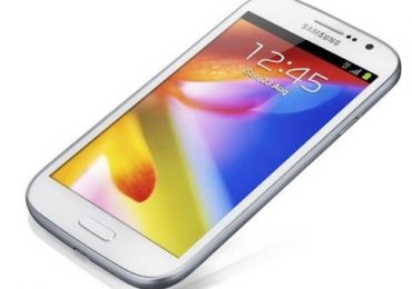 Samsung Offers Galaxy Grand Smartphone