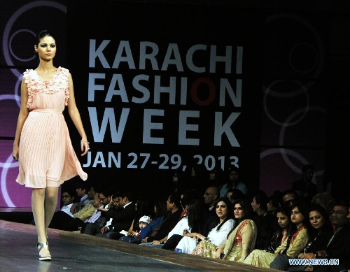 Karachi Fashion Week 2013