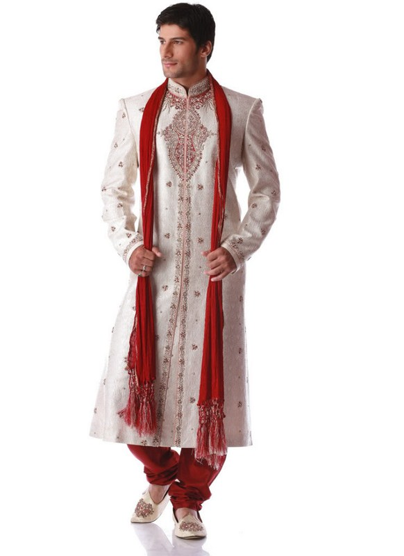 Pakistani Designer Groom Sherwani Designs 2013 001