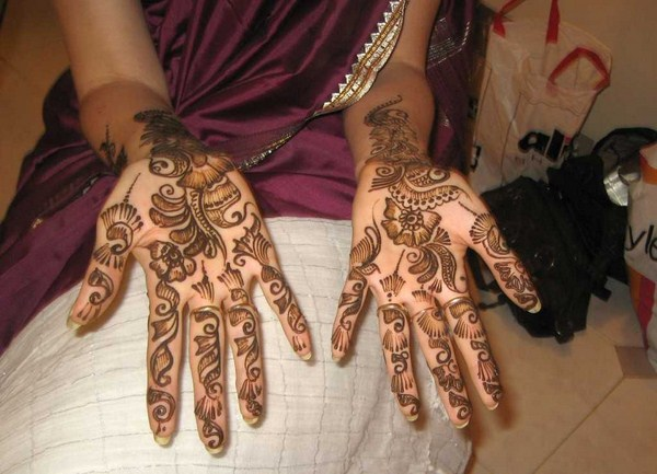 Simple Arabic Mehndi Designs 005