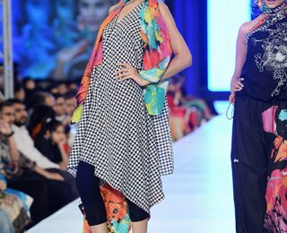 Chen One Pareesa Lawn Collection 2013 at PSFW 2013 by Sahar Atif