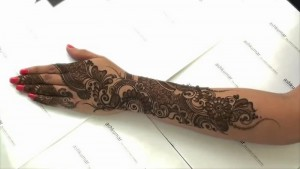 Best Black Mehndi Design for Women 2015