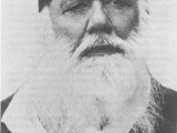 Short Biography of Sir Syed Ahmed Khan and His Educational Services