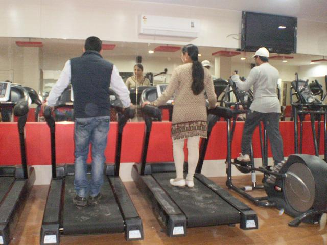 Shapes gym karachi contact phone number fees rates charges