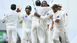 Pakistan Vs Australia 2nd Test Match Day 4 5 Live Score 2 3 November 2014