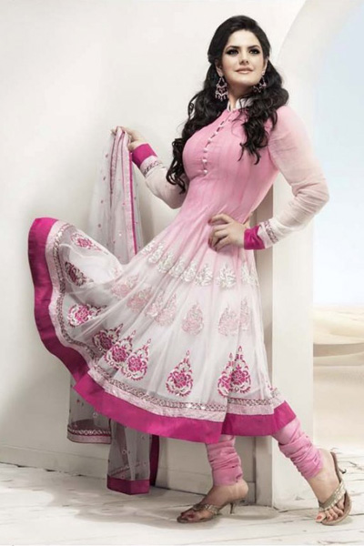 Skinny pakistani in shalwar kameez riding her lover - 3 7