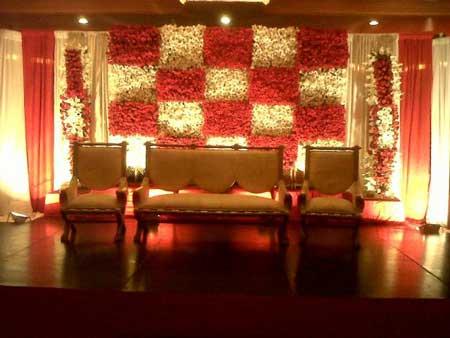 Best Pakistani Wedding Stage Decoration Ideas Pictures
