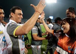 CCL T20 2015 Live Scorecard Mumbai Heroes VS Veer Marathi
