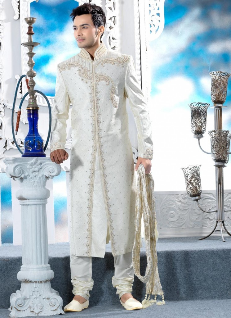 groom wedding dress for short height