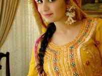mehndi dresses in pakistan for girls