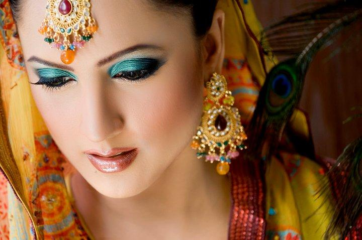 girls point pakistani bridal