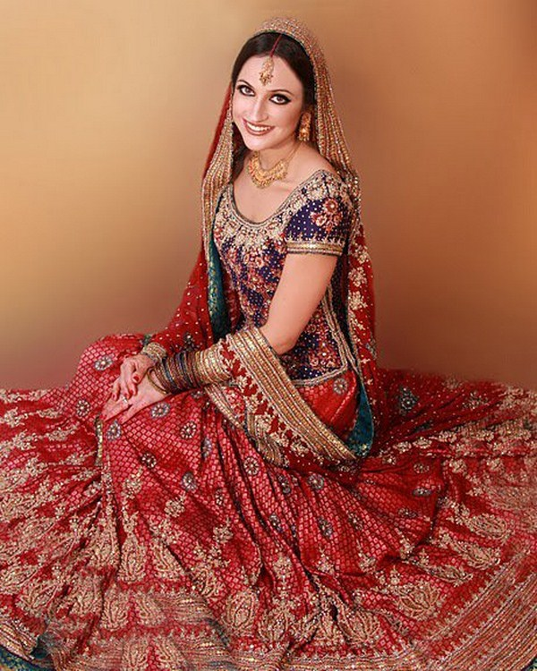Latest Colours Combination Of Wedding Dresses Of Pakistani