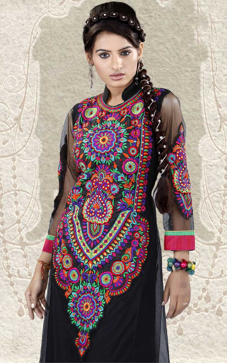 Pakistani Embroidery Designs 2017 For Salwar Kameez Suits