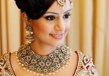 Party Hairstyles for Long Hair in Pakistan