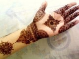 black mehndi designs for hand