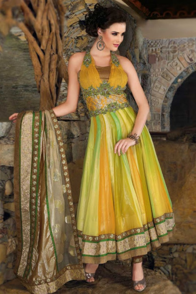 Mehndi Function Dresses 2015 : Mehndi dress pakistani new style