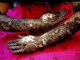 latest pakistani bridal mehndi style