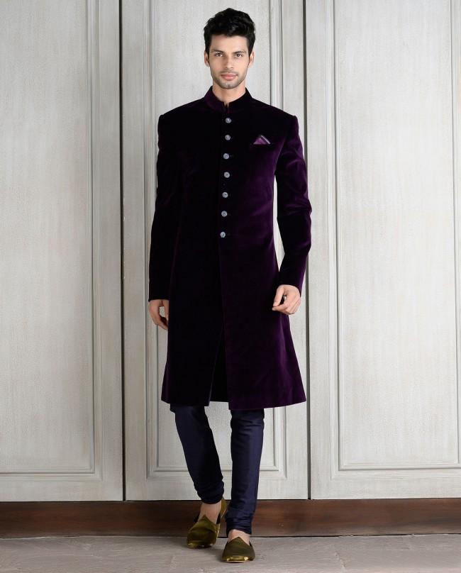 Wedding Dresses For Men: Velvet Sherwani Designs 2018 For Men Wedding In Pakistan