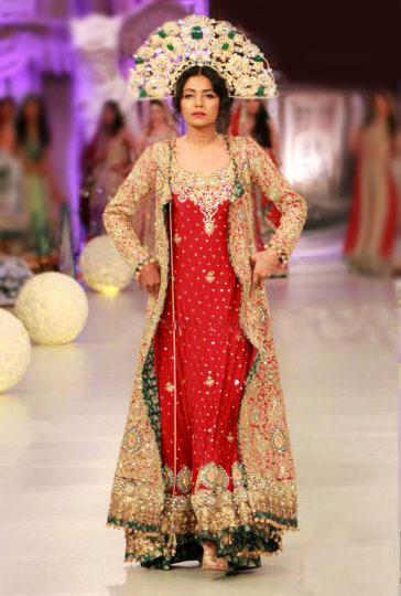 New Fashions Are Being Introduced With Every Passing Day And Specially Bridal Fashion Keeps On Changing Mostly Girls Wear Gown Lehngas Fashionable Frocks