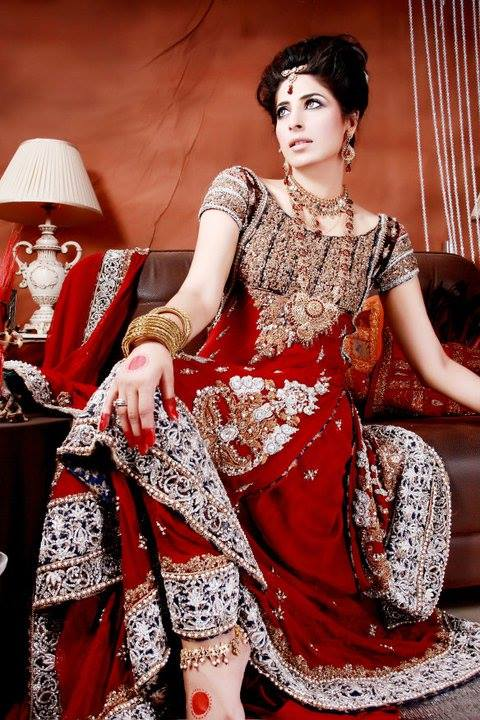 Outstanding indian wedding suits for girls