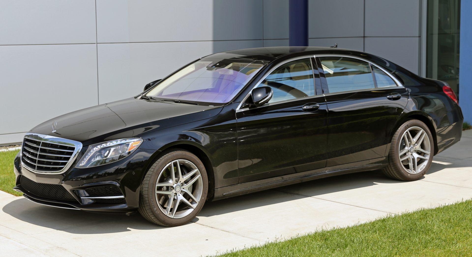 S550 mercedes pics and prices autos post for Mercedes benz s550 for sale