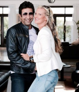 Biography of Wasim Akram Life History Family Background New Wife